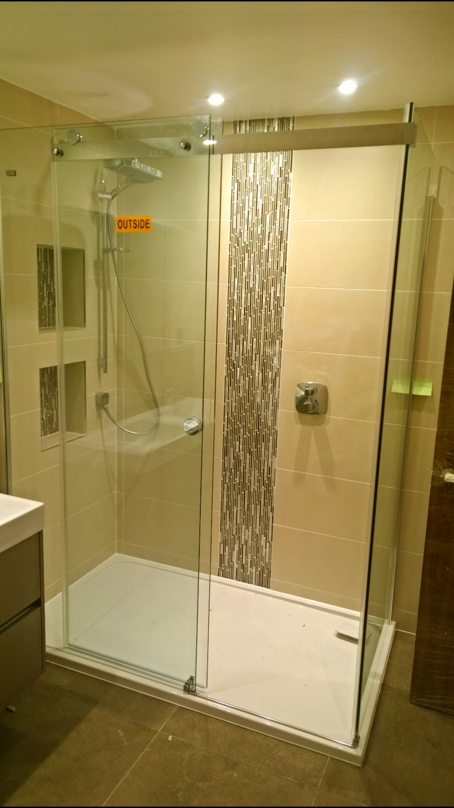 bathroom tilling services north london