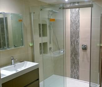 Bathroom fitting mill hill ideas london